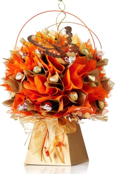 Ferrero Rocher chocolate flower bouquet in gold and orange